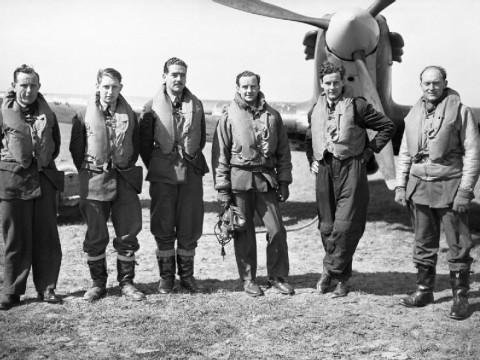 Pilots of 43 Sqdn at Wick - (L-R) Sergeant Arbuthnot, Sergeant Penderleith, Sergeant Hallowes, Flight-Lieutenant John Simpson, Flight-Lieutenant Peter Townsend, Flying Officer H.C. Upton. © IWM (CH 83)